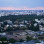 Apus superb peste Bucureşti, văzut de pe Crystal Tower